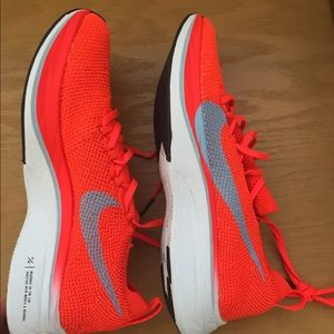 New Nike Zoom Vaporfly 4% - Never Worn
